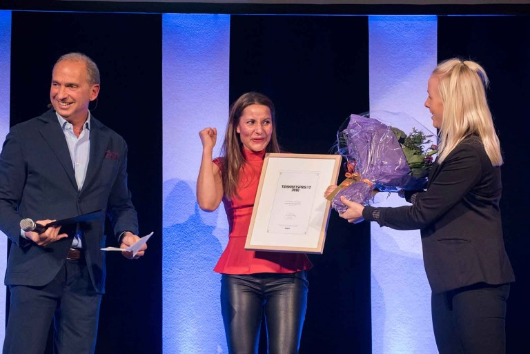 Filippa Helmersson, Bonnier Tidskrifter tar emot priset för Årets Mediesäljare