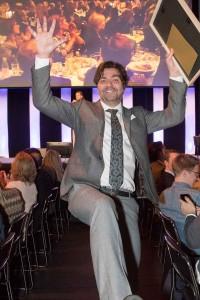 Thomas Arnroth, KIT - jublar efter att ha utsetts till Årets journalist