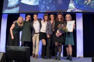 Redaktionen för Funktion i fokus tar emot pris för Årets omgörning