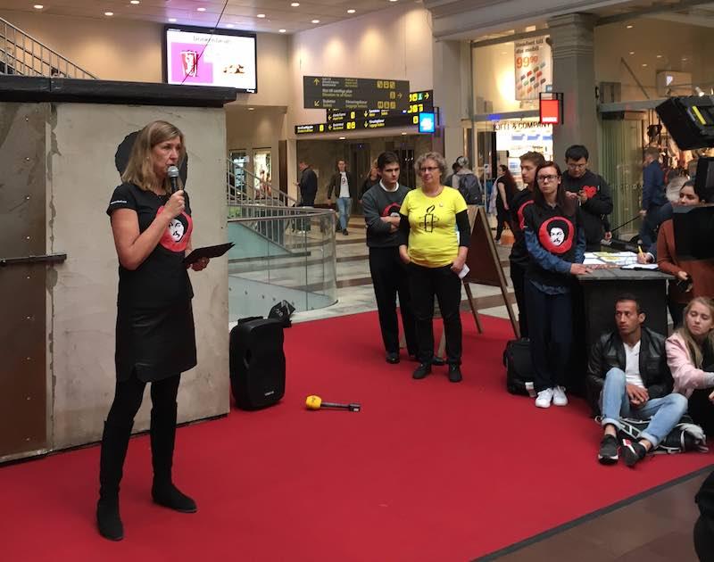 Under hösten 2016 deltog vår vd Kerstin Neld i en manifestion på centralstationen i Stockholm där hon bland annat höll ett anförande till stöd för frigivningen av Dawit Isaak.