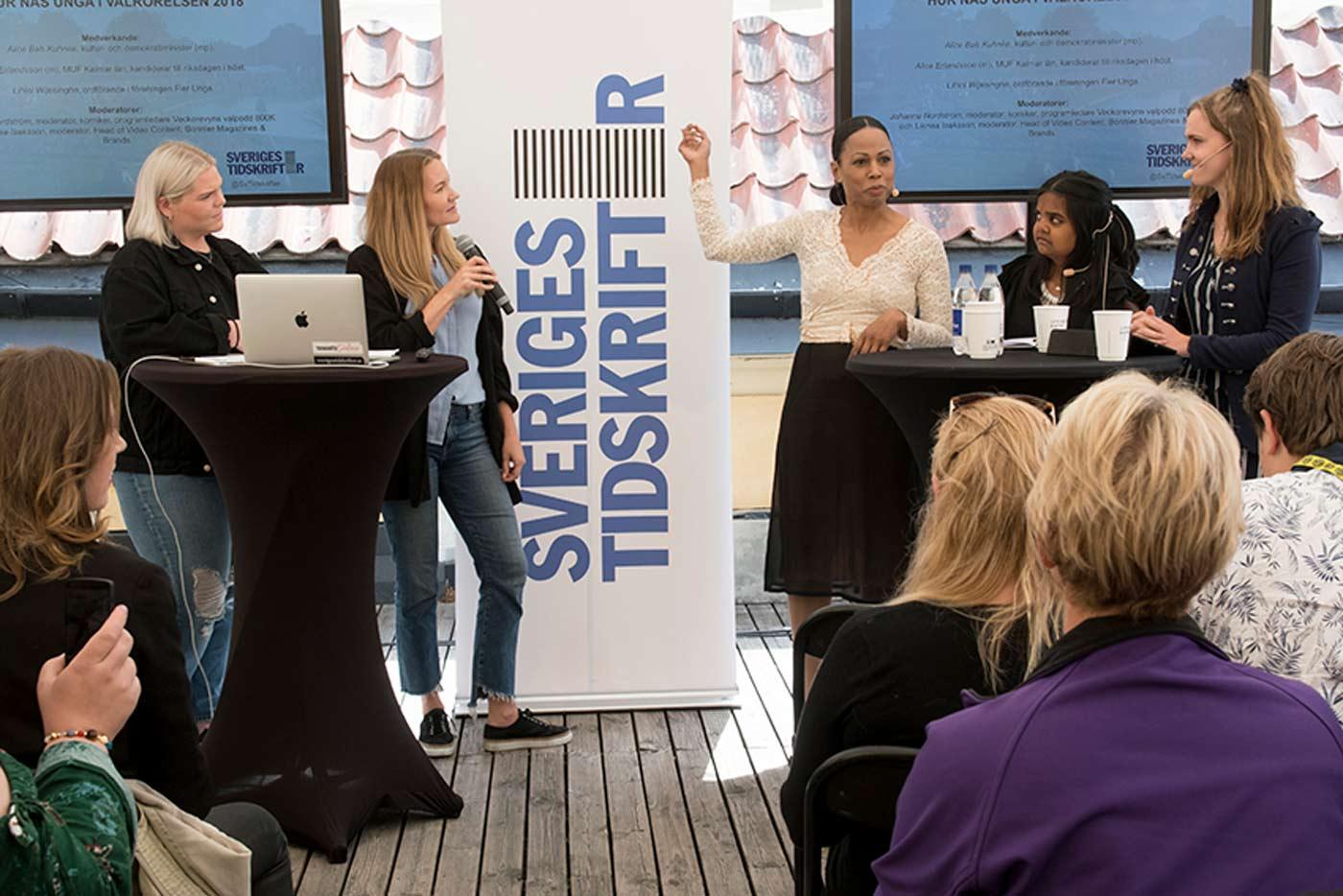 Johanna Nordström, Linnea Isaksson, Alice Bah Kuhnke, Lihini Wijesinghe och Alice Erlandsson i Almedalen 2018