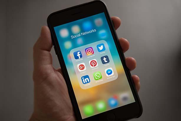 Så arbetar du effektivt med redaktionellt innehåll i sociala kanaler